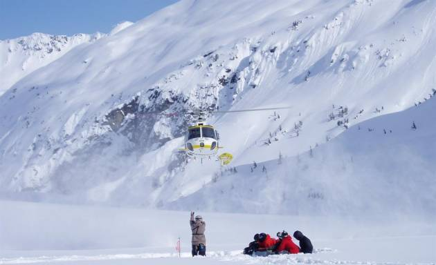Heli-ski team building en Italie